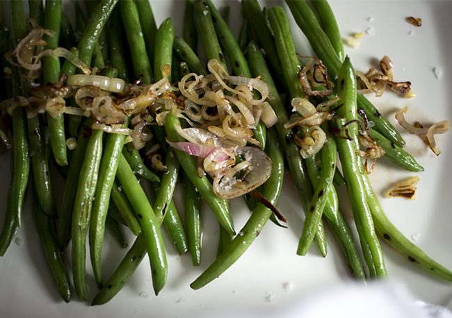 Sauteed String Beans with Vinegary Shallots - A Healthy Hunger